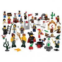 LEGO Education Fairytale and Historic Minifigures Set 227 Pieces, 22 Different Figures) 9349